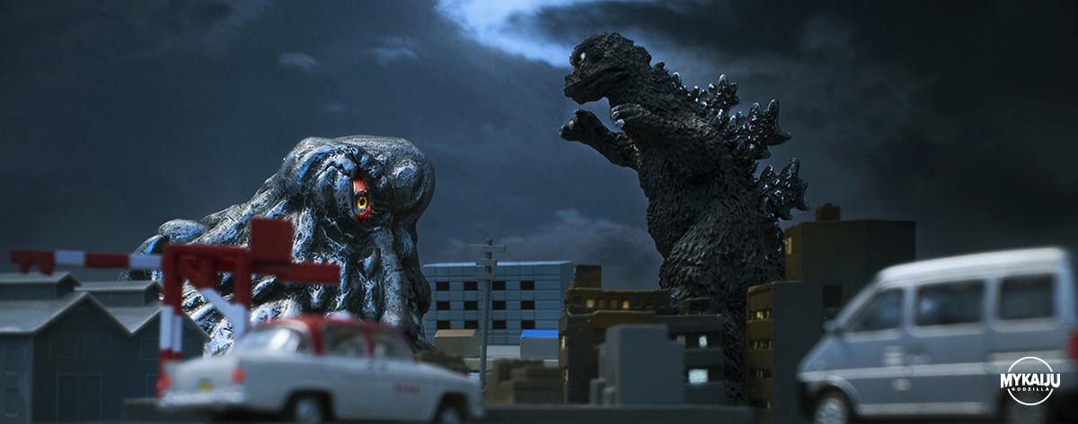 Godzilla vs Hedorah (Cast & Bandai)
