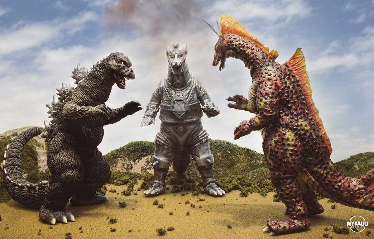 Terror of MechaGodzilla (X-Plus RMC 25cm & 30cm Titanosaurus)