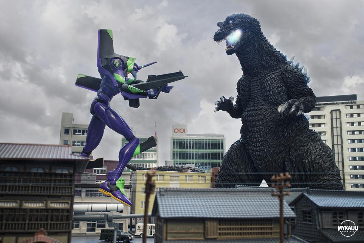 Godzilla vs Evangelion (X-Plus 30cm)