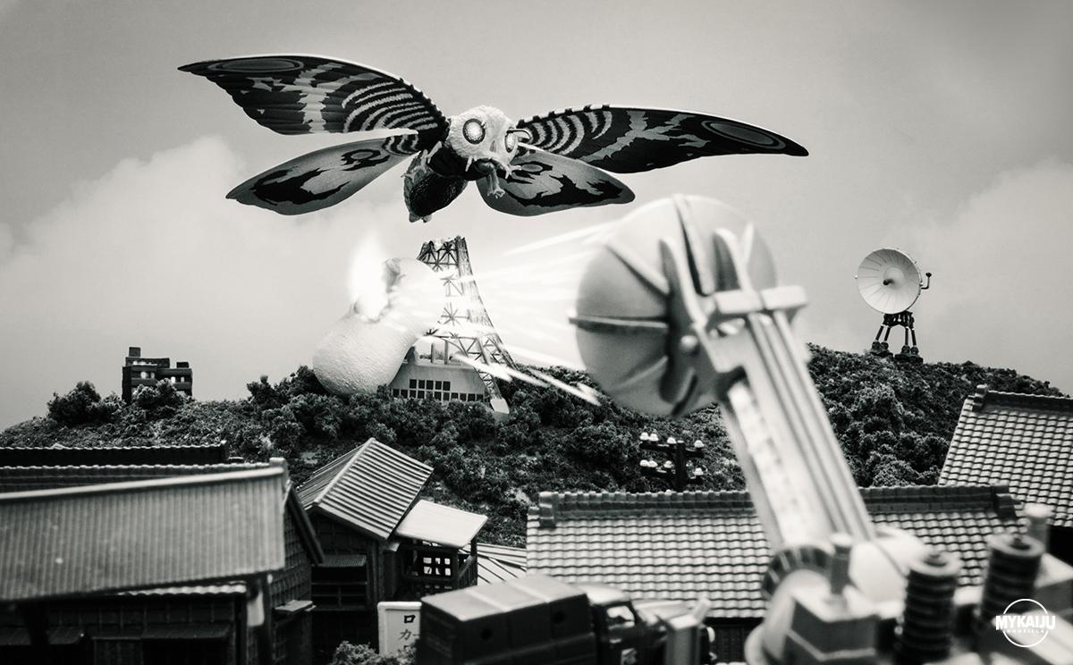 Mothra 1964 (Revoltech Mothra)