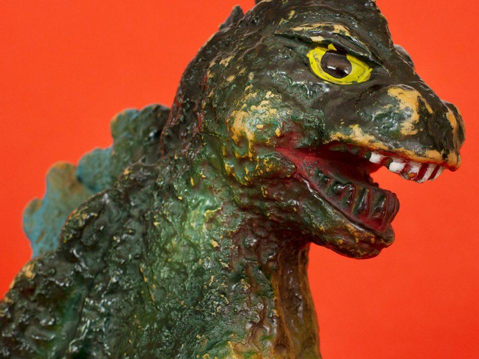 Godzilla Giant Size Original Bullmark Figure 1970