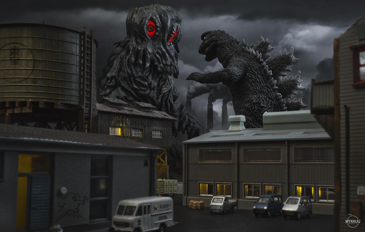 Factory Battle: Godzilla vs Hedorah 25cm X-Plus