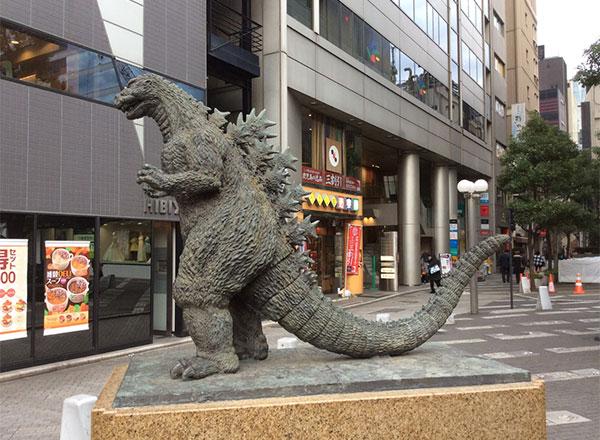 ginza-godzilla-statue