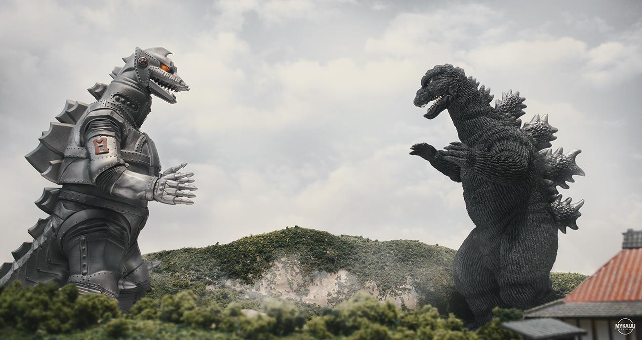 X-Plus Godzilla vs MechaGodzilla